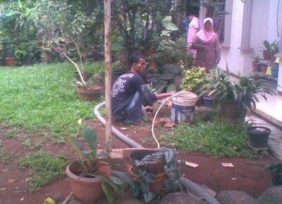 Jasa sedot WC Cibubur, Jasa WC Mampet Cibubur, Jasa Kuras WC Cibubur, Jasa WC Mampet Cibubur.